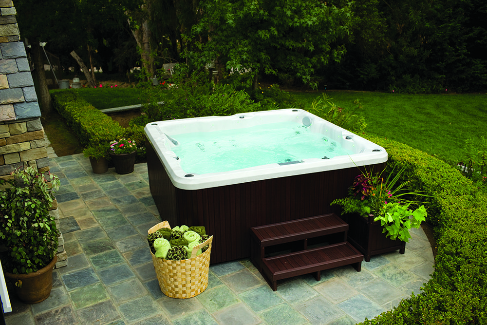 Swimming pools pool supplies in nj central jersey pools for Vendo jacuzzi